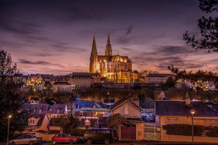 Chartres minibus location